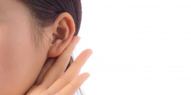 Kepçe kulak problemi psikolojiyi bozuyor